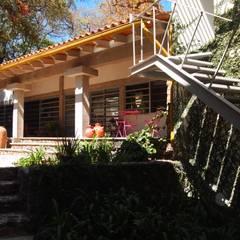 منزل ريفي تنفيذ BIM Arquitectos S.A. de C.V.