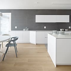 Built-in kitchens by Burnazzi  Feltrin  Architects, Minimalist