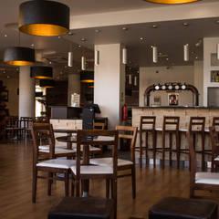 Restaurante e cervejaria Arte Nova (Aveiro): Espaços de restauração  por Think Bold Studio