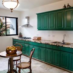 Apartamento Aristizabal - Alviar / Parte 1: Cocinas de estilo  por Tejero & Ángel Diseño de Interiores