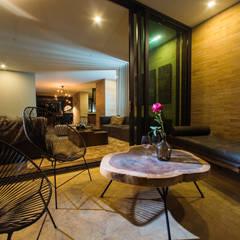 CANTAGIRONE TREPIU: Terrazas de estilo  por Munera y Molina