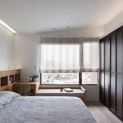 新婚‧新宅‧人生新階段:  臥室 by 禾光室內裝修設計 ─ Her Guang Design,