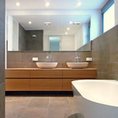 ห้องน้ำ โดย Weber und Partner Freie Architekten BDA,