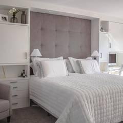 غرفة نوم تنفيذ Luiza Goulart Arquiteta