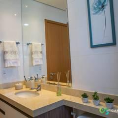 Apartamento Rústico Sofisticado: Banheiros rústicos por Camarina Studio