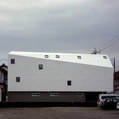 三島の家: 前田篤伸建築都市設計事務所が手掛けた二世帯住宅です。,オリジナル