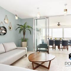 """""""PROYECTO CB36"""": Salas de estilo mediterraneo por PORTO Arquitectura + Diseño de Interiores"""