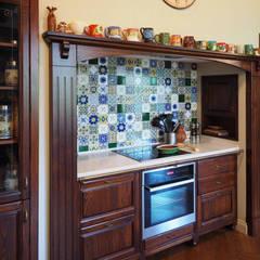 кухня: Встроенные кухни в . Автор – ООО' А2про'