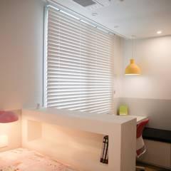 minimalistische Kinderkamer door 홍예디자인