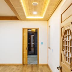 Glass doors by homify, Asian