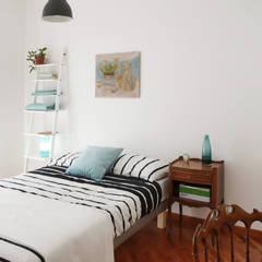 TRN-RSI: Camera da letto in stile  di laib architecture