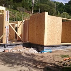 Keeping warm this Autumn / Winter … :  Prefabricated home by Building With Frames