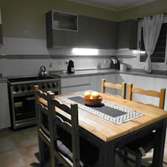 Dapur built in by MOBILFE