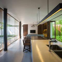Hotels von MIA Design Studio, Modern