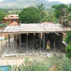 CASA VACACIONAL EN EL CARIBE: Anexos de estilo  por Proyectonica ,