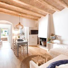 Ruang Makan oleh Nice home barcelona
