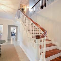 Corridor & hallway by homify, Eclectic