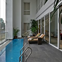 Residence at Pune:  Pool by Racheta Interiors Pvt Limited