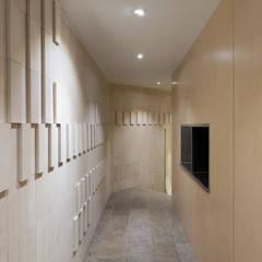 Corredor : Espaços de restauração  por BL Design Arquitectura e Interiores