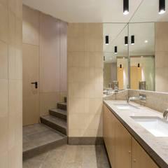 Lavabos e Instalações sanitárias: Espaços de restauração  por BL Design Arquitectura e Interiores