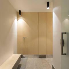 Instalações sanitárias: Espaços de restauração  por BL Design Arquitectura e Interiores