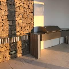 Private residence in Ibiza, Spain : Terraços  por GlammFire