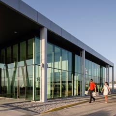 Airports by Bschneider Arquitectos e Ingenieros