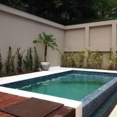 Kolam Renang by Erlon Tessari Arquitetura e Design de Interiores