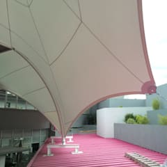 Lean-to roof by AT Arquitectura Textil