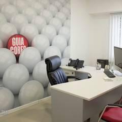 Oficina-Empresa: Estudios y oficinas de estilo  por Aida Tropeano & Asoc.