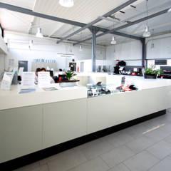 Autohaus Köpper:  Autohäuser von Architektur- und Ingenieurbüro Dipl.-Ing. Rainer Thieken GmbH