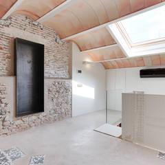 مكتب عمل أو دراسة تنفيذ Lara Pujol  |  Interiorismo & Proyectos de diseño, بحر أبيض متوسط