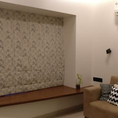 Mahim Residence got a blue touch:  Living room by Olive Roof