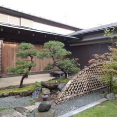 W邸: 庭咲桜(にわざくら)が手掛けた庭です。