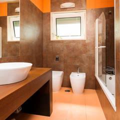 Baños de estilo  por Miguel Marnoto - Fotografia
