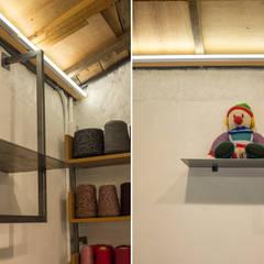 뜨게질 공방 뜨락 인테리어: (주)바오미다의  서재 & 사무실