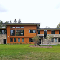 Credit River Valley House - Exterior: country Houses by Solares Architecture