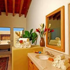 Casa Cariza: Baños de estilo  por BR  ARQUITECTOS