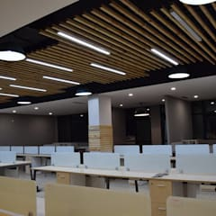 Office space for Think valley:  Commercial Spaces by INTROSPECS