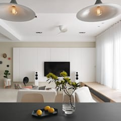 Living room by 賀澤室內設計 HOZO_interior_design