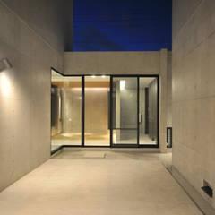 Garden Pond by 門一級建築士事務所, Modern