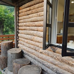 Wooden windows by 모루초디자인