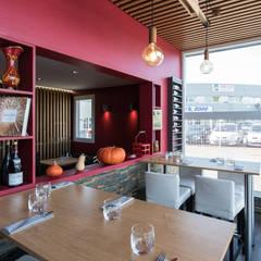 Restaurant - L'enverres et L'endroit: Bars & clubs de style  par SAS Alexandre TRIPIER