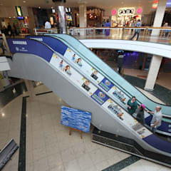 :  Shopping Centres by Spegash Interiors, Modern