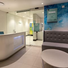 Cresta Shopping Mall Baby Change Facilities:  Shopping Centres by Spegash Interiors, Modern