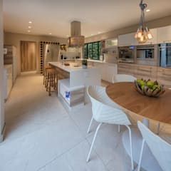 :  Kitchen by Spegash Interiors,