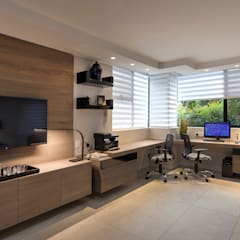 Study/office by Spegash Interiors