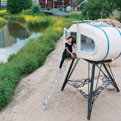 Sleeping Pod:  Slaapkamer door Studio Made By