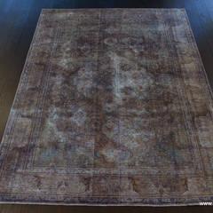 Labradorite Vintage: styl , w kategorii Ściany i podłogi zaprojektowany przez Sarmatia Trading