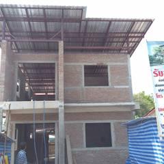 ออกแบบพร้อมสร้างบ้านพักอาศัย2ชั้น:  บ้านเดี่ยว by KDC TEAM : โทร.096-0289288 ; By คุณหนุ่ม